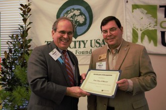 Macon Tree City USA 2018 - Mayor Robert Reichert and Chuck Williams
